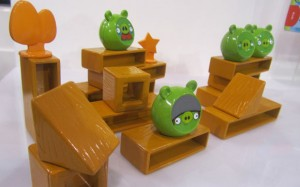 Mattel-Angry-Birds-board-game